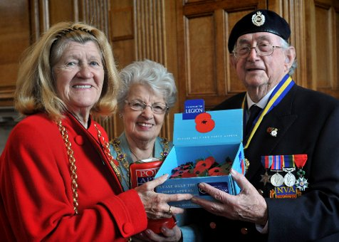 Mayor Launches South Tyneside Poppy Appeal