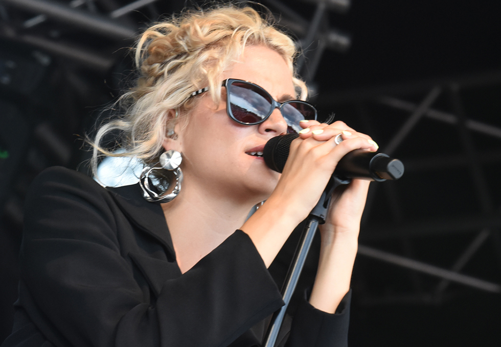 Pixie Lott - Sunday Concert, 8 July