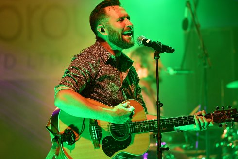 North East Singer Returns to his Roots from Down Under