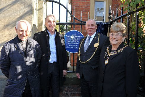 Blue Plaque Unveiled to Honour South Tyneside Doctor