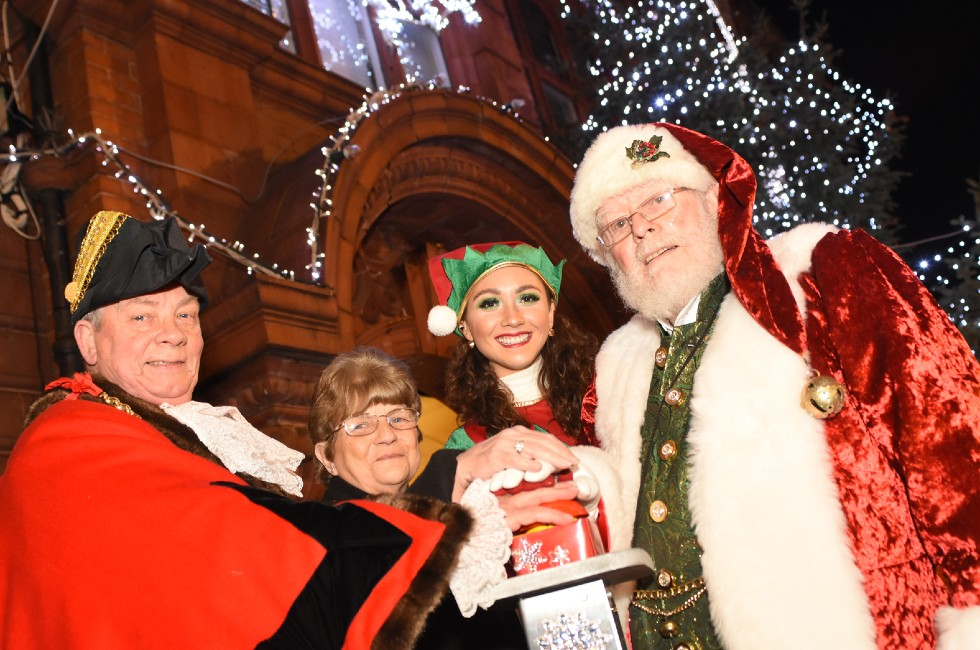 Jarrow Christmas Lights Switch On 2019a