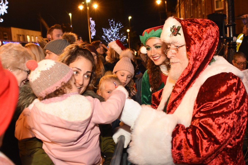 Jarrow Christmas Lights Switch On 2019c